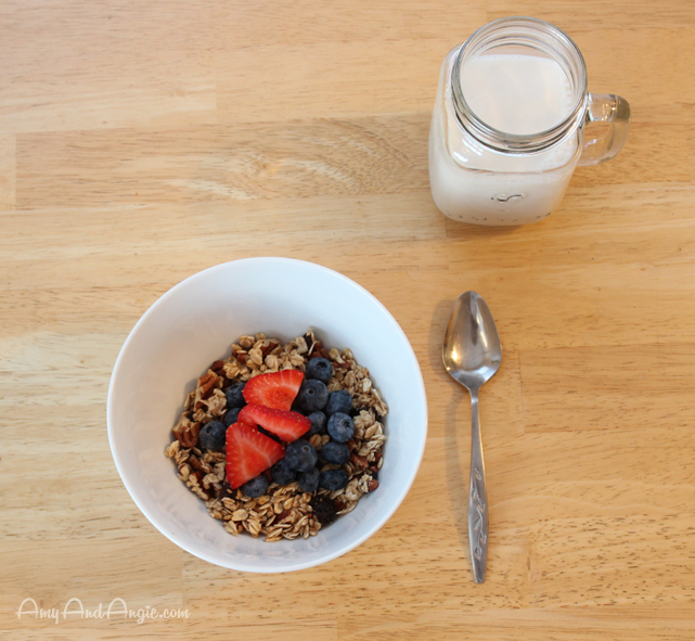 amy-and-angie-rum-raisin-granola-12